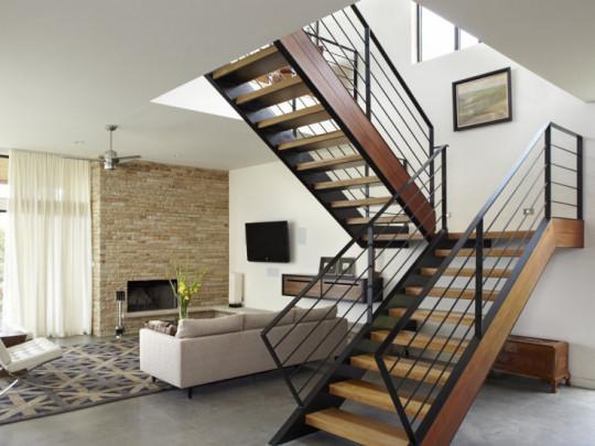 Giải pháp thiết kế cầu thang sắt đẹp