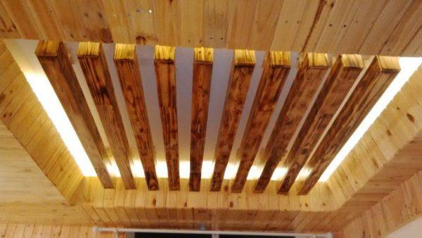 báo giá trần gỗ thông