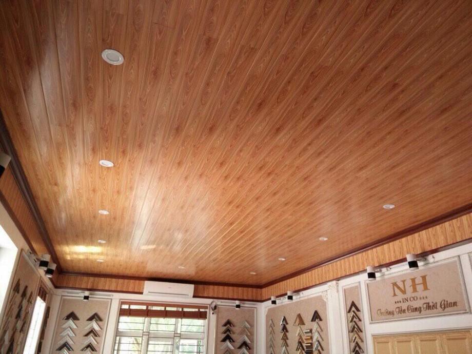 Báo giá trần nhà gỗ xoan