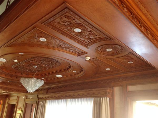 thi công trần gỗ phòng khách