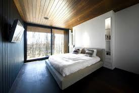 Trần gỗ phòng ngủ hiện đại